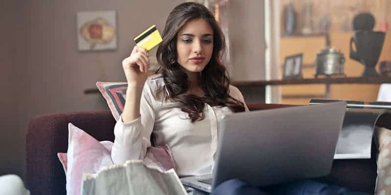 woman shopping ecommerce credit card